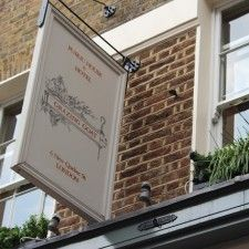 Restaurant & Hotel:The Grazing Goat  (London)