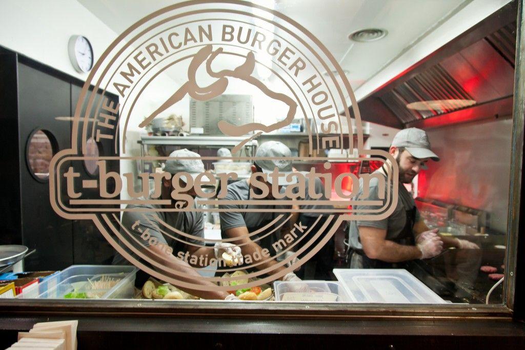 t burger station barcelona1