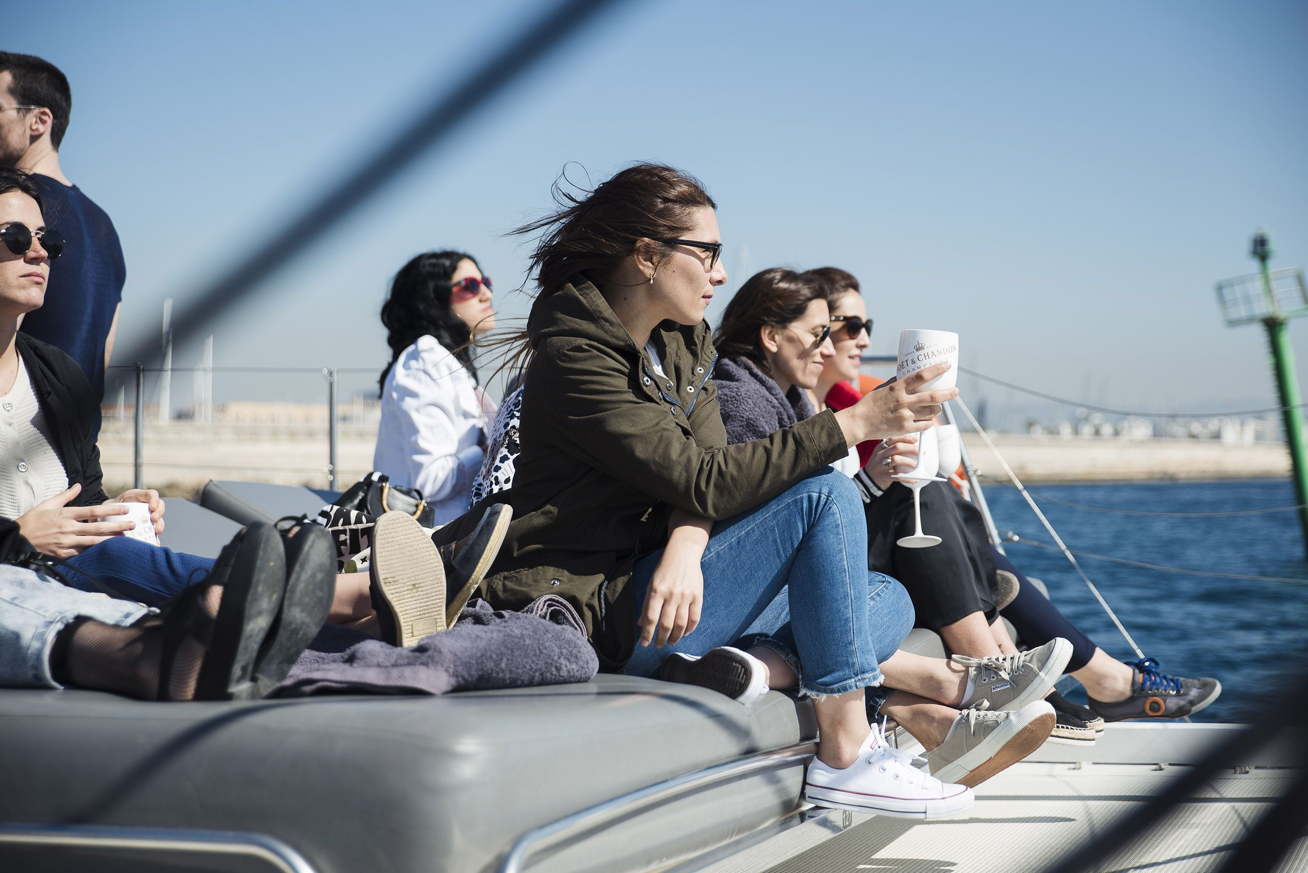 FiveStarExperience-Barcelona catamaran_fiesta