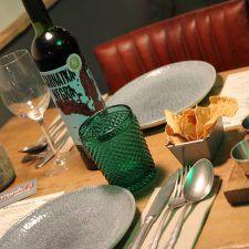 Maridar vinos con Indian Street food